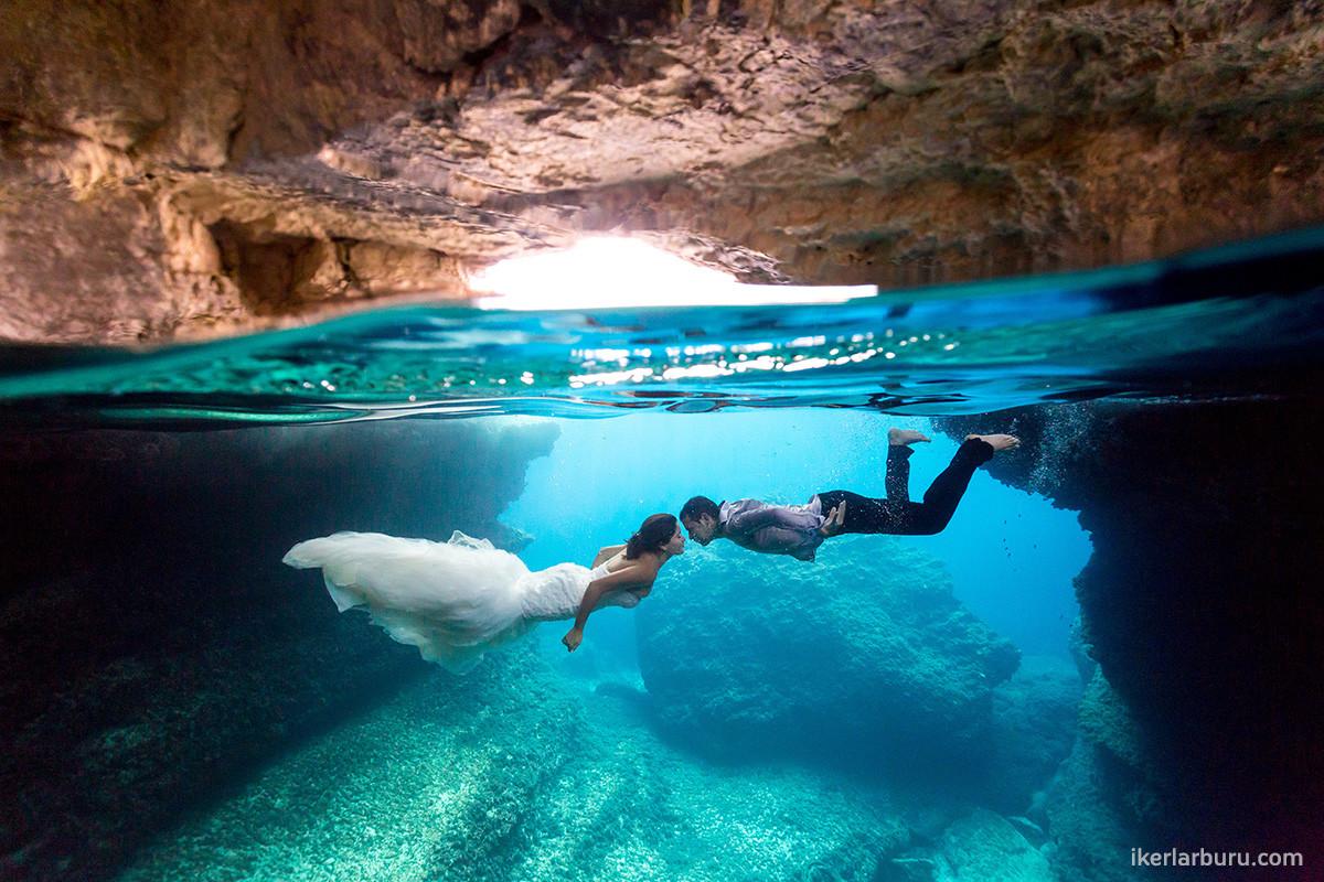 Iker larburu fot grafo de bodas en mallorca for Imagenes de hoteles bajo el agua