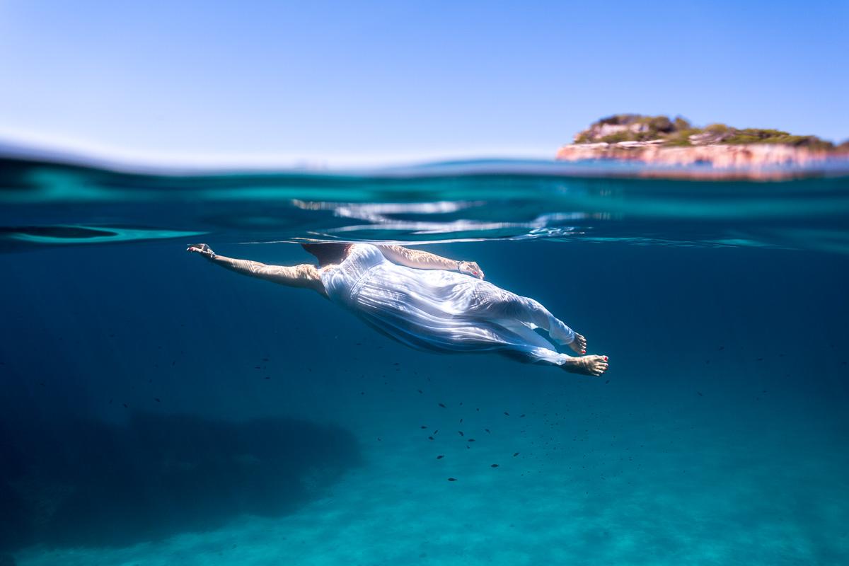 11112-fotografia-embarazo-premama-bajo-el-agua-mar-mallorca