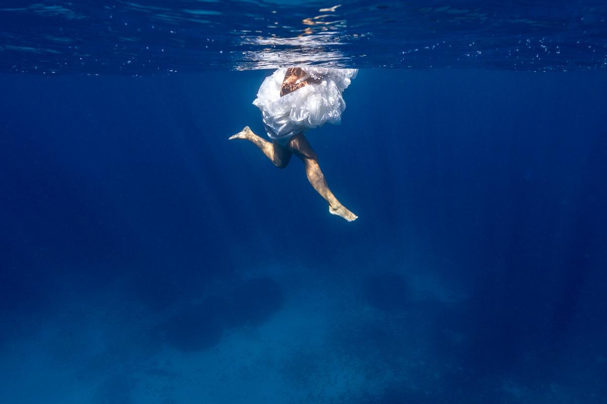 Vestido de novia bajo el agua