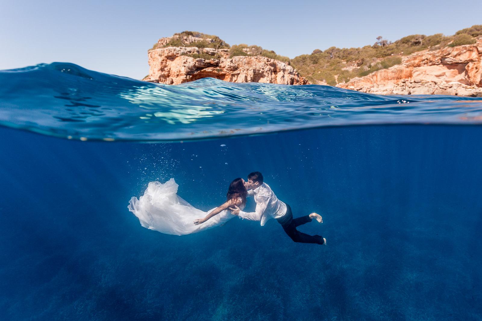Postboda bajo el agua en Mallorca
