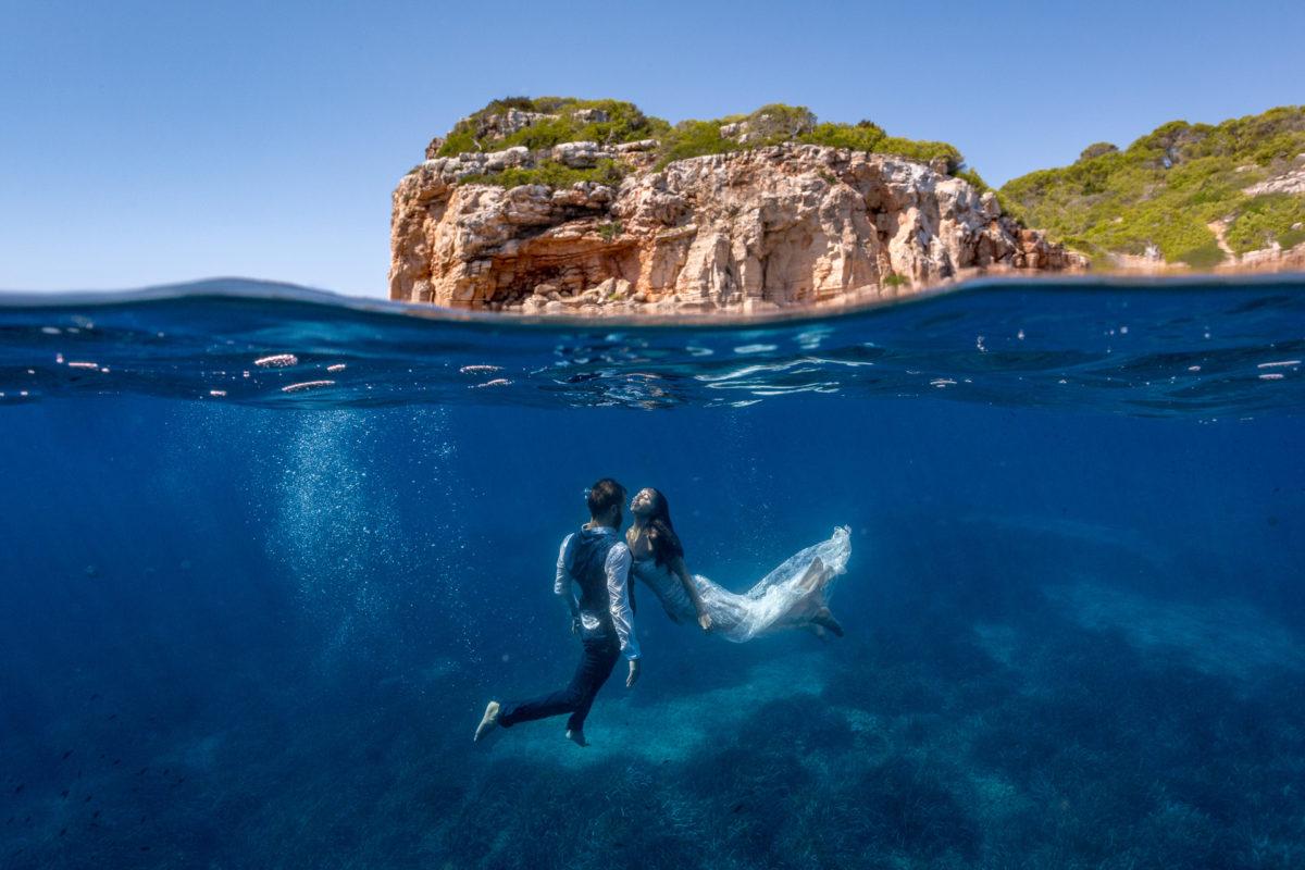 Fotografía de pareja en el agua, Mallorca